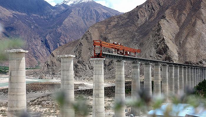 川藏铁路全线获批:雅安到林芝段总投资3198亿 全部由国家承担图片