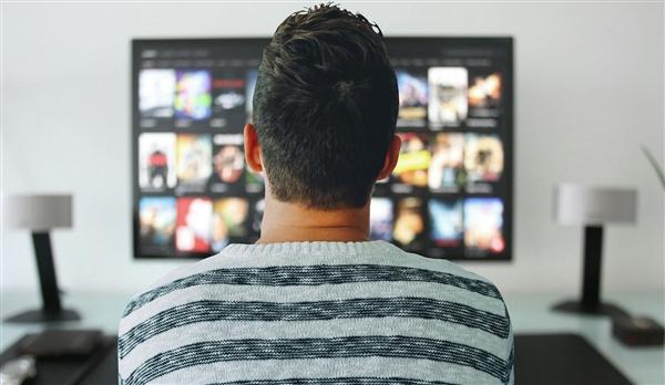 OPPO官宣旗下第一款智能电视将与消费者见面