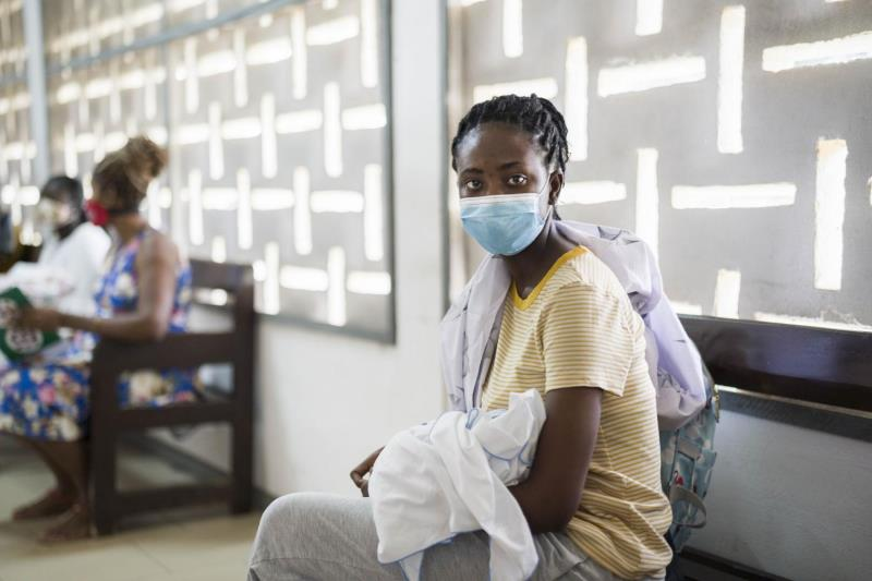 加纳疫情持续恶化 政府重新限制社交活动