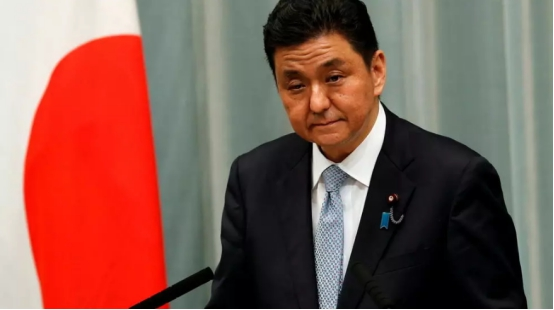 日本防卫大臣岸信夫资料图(图片来源:外媒)