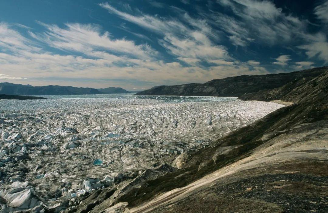 格陵兰岛逐渐消失的冰盖(图片来源:摄图网)
