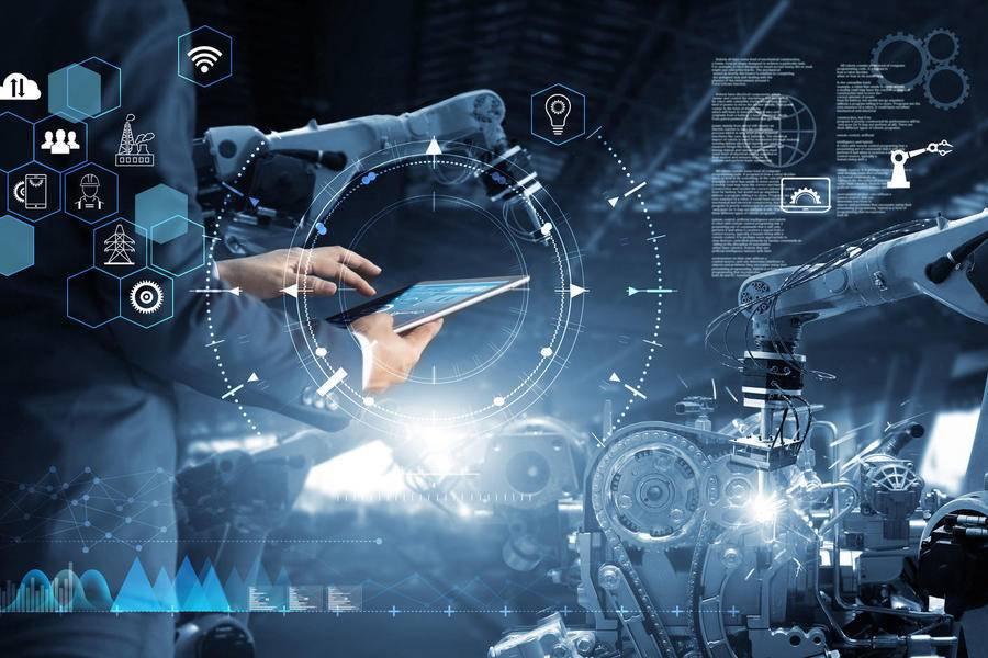 上市三周年,工业富联发布多款数字化转型解决方案与新品AR眼镜