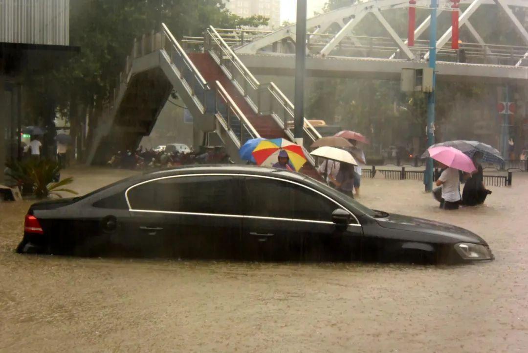 电动汽车涉水后对残值影响有多大?听听专家怎么说-手机新浪汽车