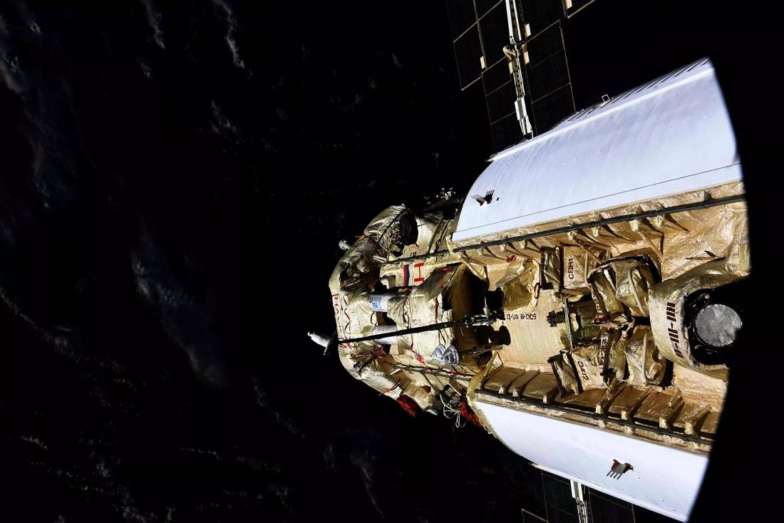 新对接实验舱意外点火,所幸ISS机组人员安全