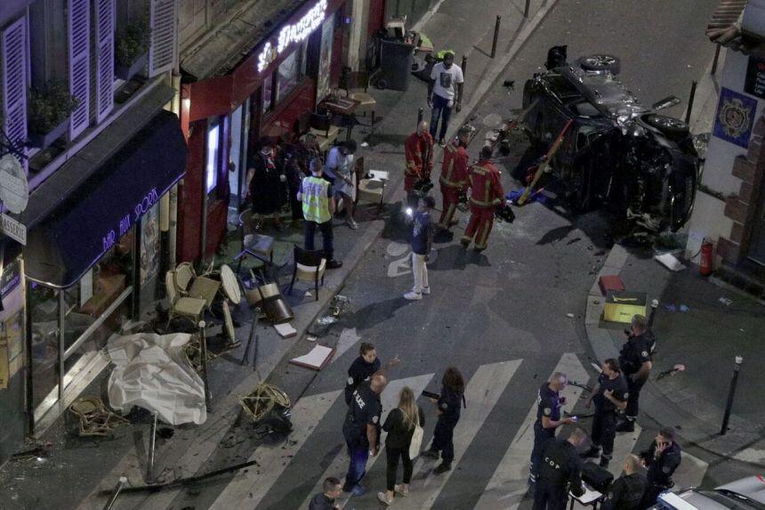 法国巴黎街头汽车冲入咖啡馆,多人受伤,警方封锁现场!