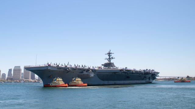 美军航母首次搭载F-35C和CMV-22战备巡航,或前往印太