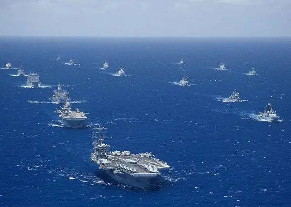 中俄各扇了美国海军一记耳光