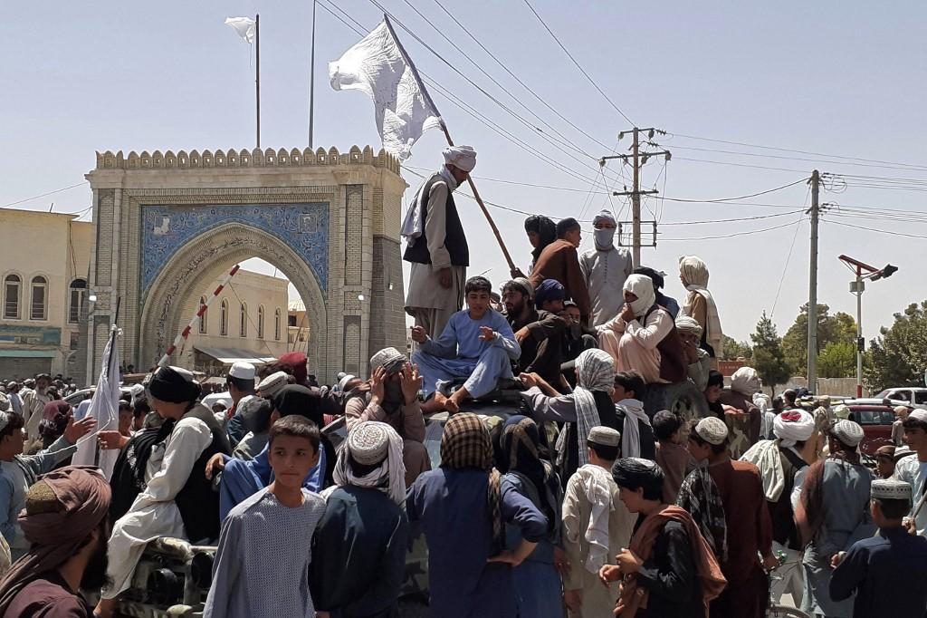 塔利班占领坎大哈图源:社交媒体