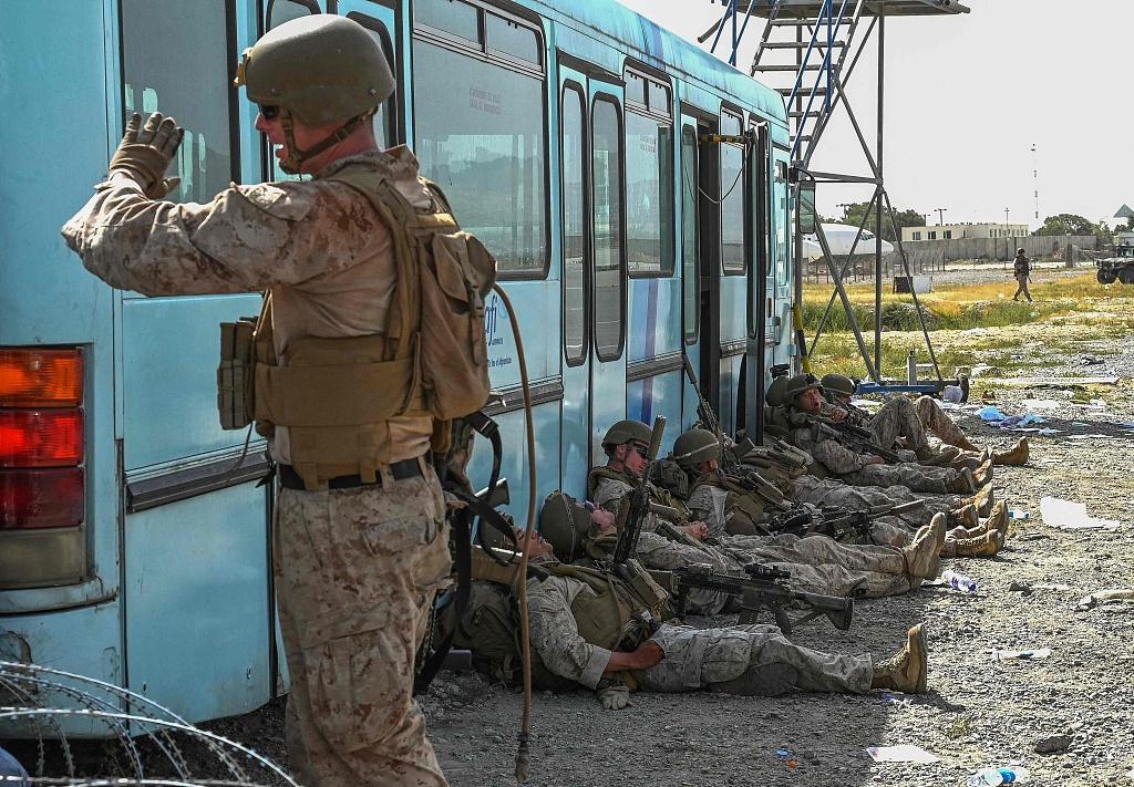 美媒:美政府对喀布尔以外的美国人没有撤离计划