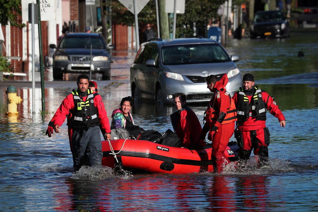创纪录暴雨致美国纽约等地至少23人丧生