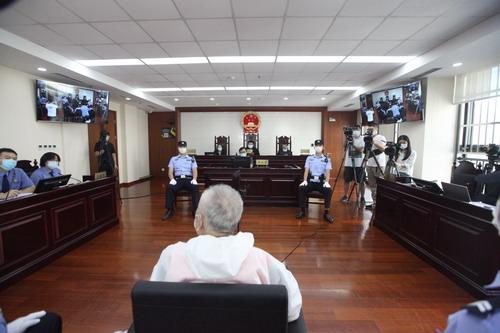 海淀法院开庭审理首例妨害安全驾驶案