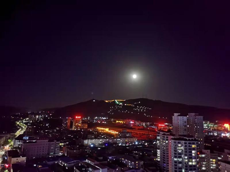 我给月亮照个相:白银会宁