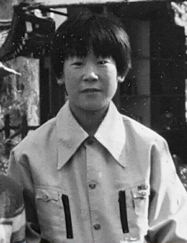少年李在明来源:朝鲜日报