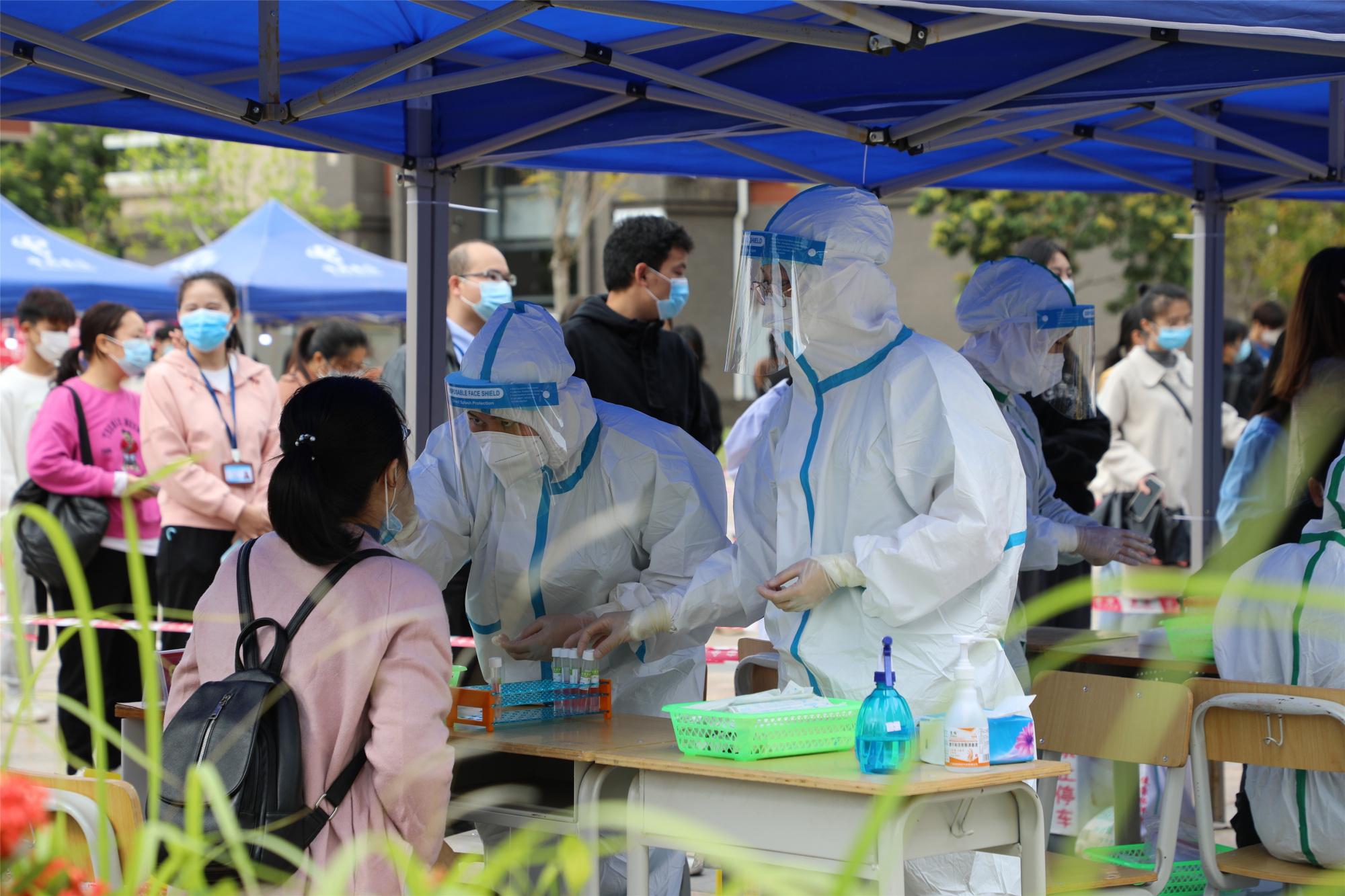 钦州市开展核酸筛查主动监测工作
