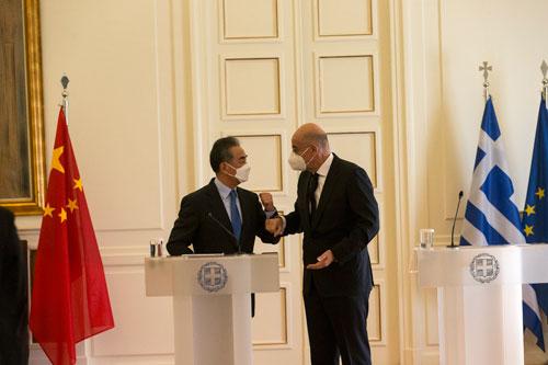 王毅谈向希腊和欧洲传递的三个清晰信息