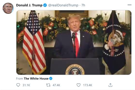 特朗普在推特上发视频祝贺新年到来,说了这些