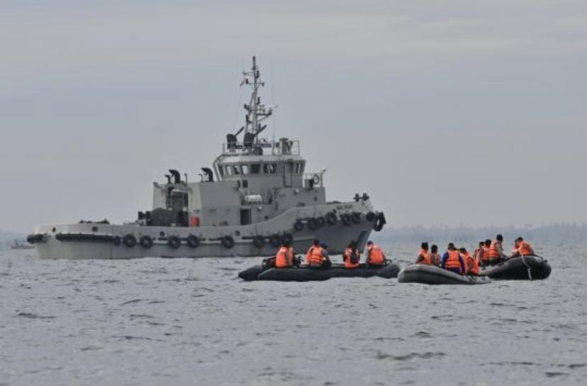 印尼搜救机构:已经锁定失事客机的黑匣子位置