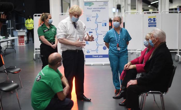 英首相:如公众不遵守抗疫规定 政府将再次加大封锁力度
