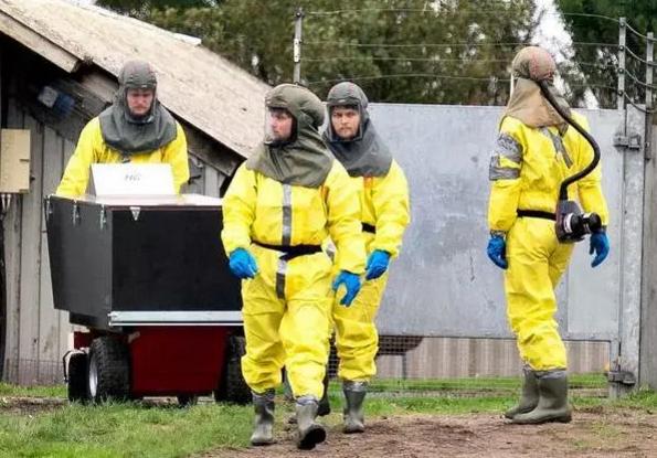 △丹麦警察和部队参与捕杀行动(图片来自法新社)