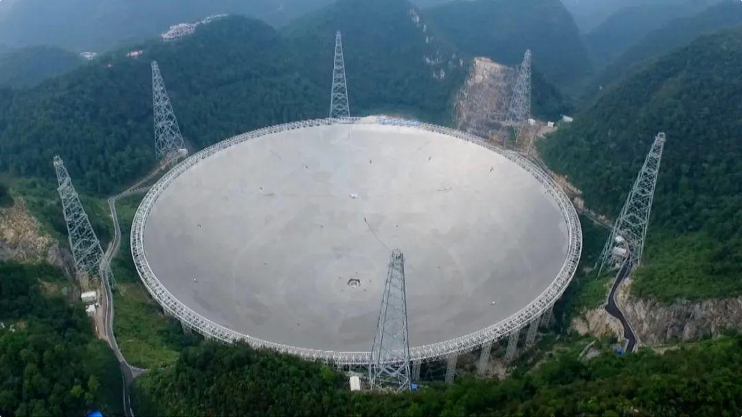 """2021年中国""""天眼""""开放 美媒记者探访后感叹了……"""