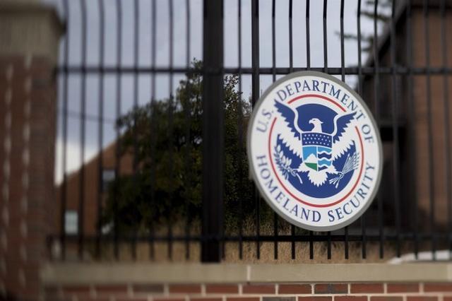 美国政府罕见发布本土恐怖主义警告,特朗普支持者被指持有炸弹