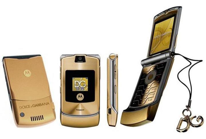 ▲ Dolce & Gabbana Motorola RAZR V3i