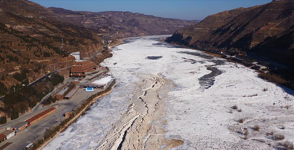 壶口瀑布冰封景观。本文图片来源:黄河壶口瀑布风景名胜区
