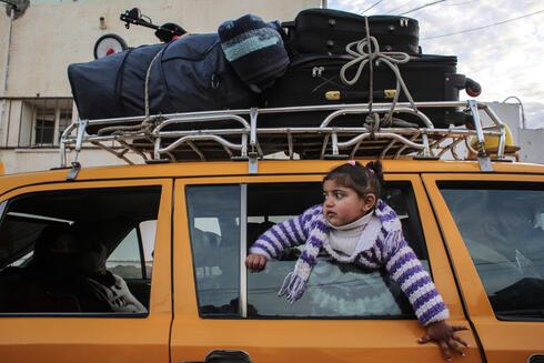 巴勒斯坦加沙地带通往埃及的边境口岸首次无限期开放