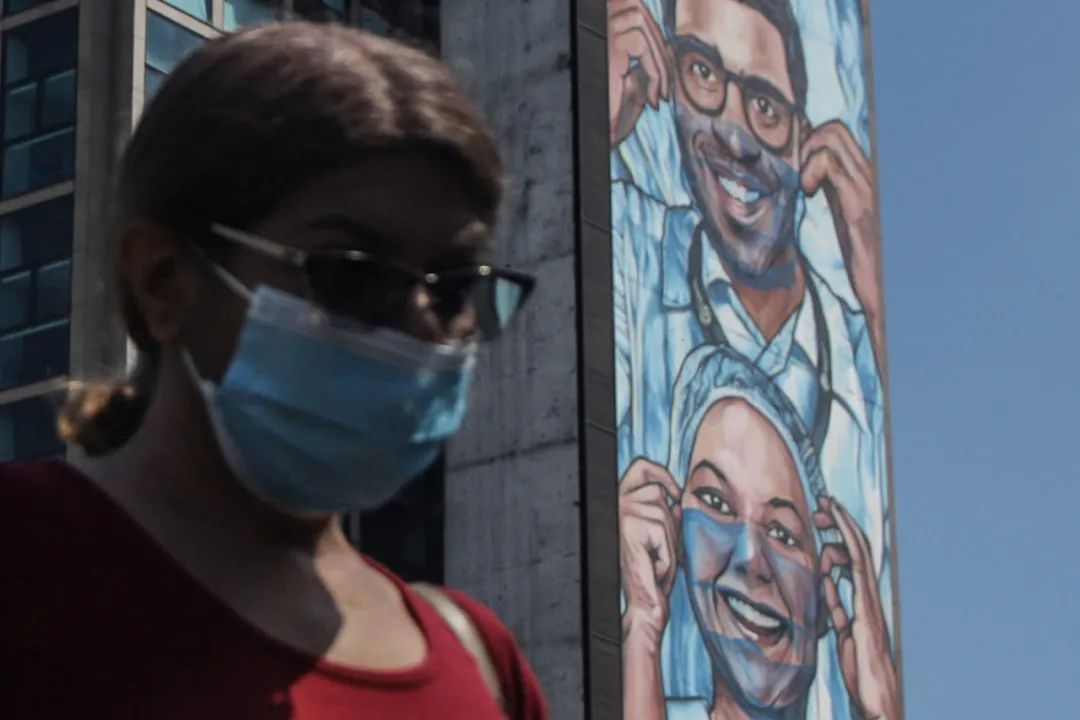 拉美新冠超2000万例的紧急时刻 中国疫苗来了!