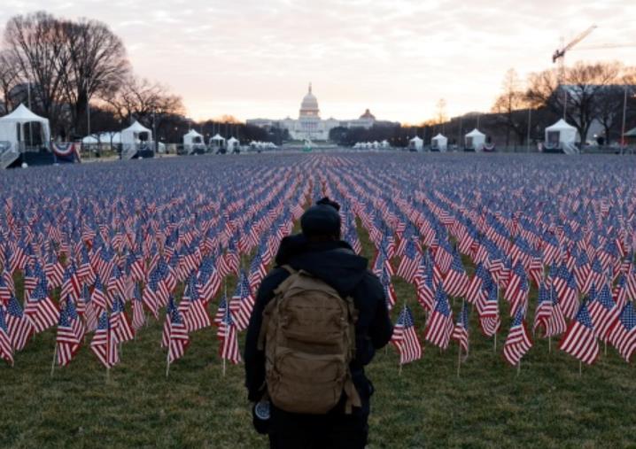 美国新冠死亡人数超过越战和一战二战美阵亡者总和