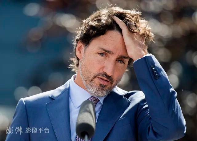 加拿大众议院高票通过反华议案,特鲁多却带头溜了