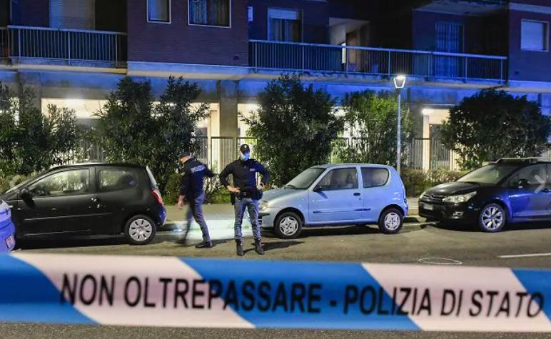 意大利米兰街头一男子试图持刀伤害行人 已被警方击毙
