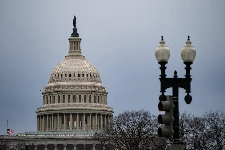 美国政府3月预算赤字为6600亿美元 成有史以来第三大月度赤字