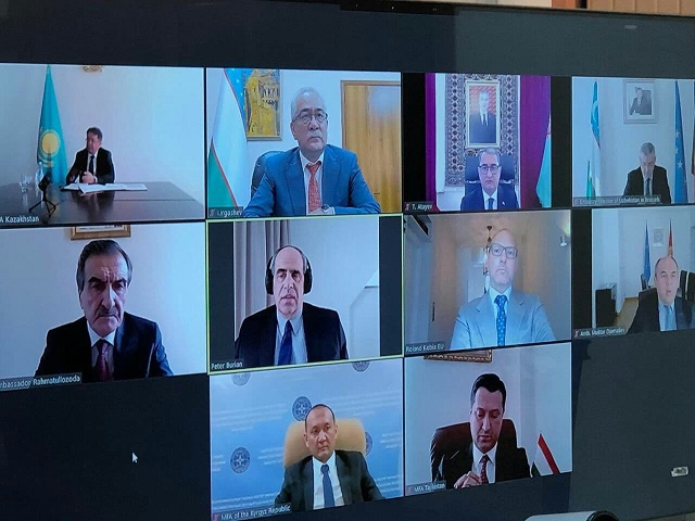 """阿富汗将于4月底首次参加""""欧盟—中亚""""政治与安全问题高级别对话"""