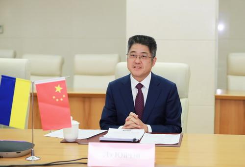 外交部副部长乐玉成:为中国和乌克兰双边关系下一个十年发展打下坚实基础
