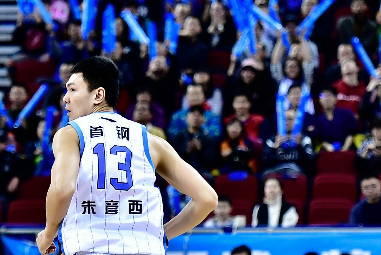 过去5个赛季季后赛朱彦西7次投进5+三分 北京6胜1负场均赢13.1分