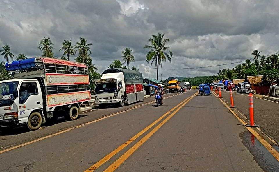 △菲律賓索索貢碼頭的部分滯留車輛圖片來源:菲律賓海岸警衛隊