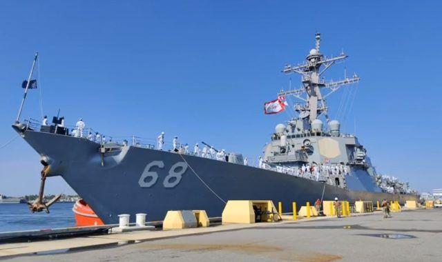 英国航母打击群将首次全球部署 两艘外国战舰来凑数