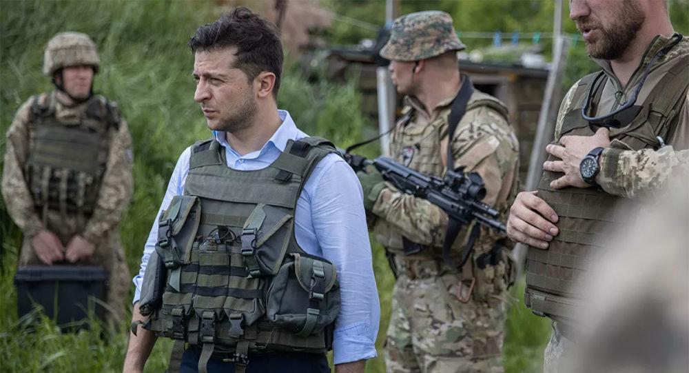 乌克兰总统泽连斯基赴部队视察
