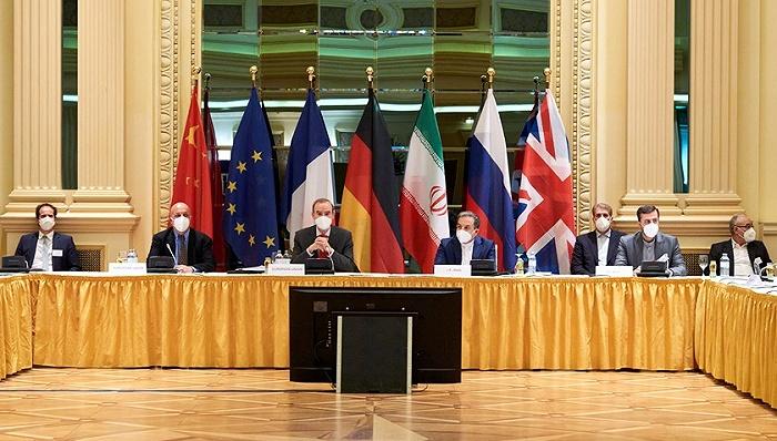 """不住一个酒店、会谈""""有建设性"""":伊朗美国开启非直接对话"""