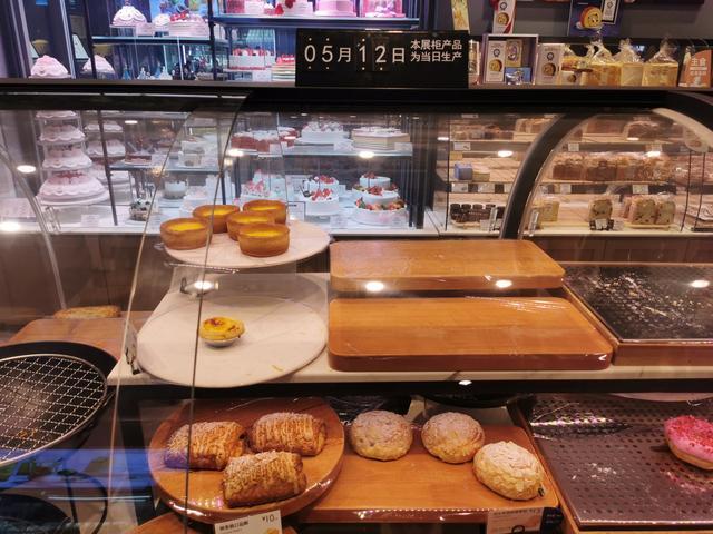 面包卖不完直接报废或涉嫌违法,商家期待权威食品捐赠途径