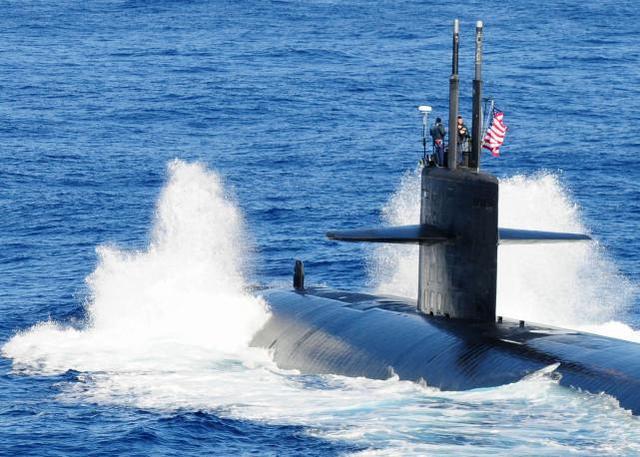 一听说美国核动力潜艇要来停靠,这个小城的碘片直接脱销了!