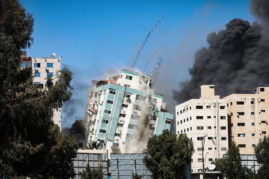 雪上加霜!印度一家医院发生火灾 造成至少12名新冠患者死亡