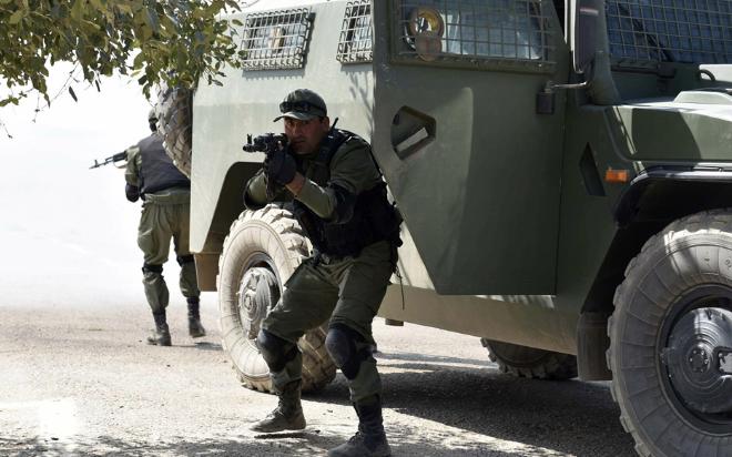 △俄塔两国武装力量举行联合反恐演习(图片来源:卫星通讯社)