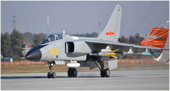 台湾防务部门证实:解放军2架次歼击轰炸机今日进入台西南空域