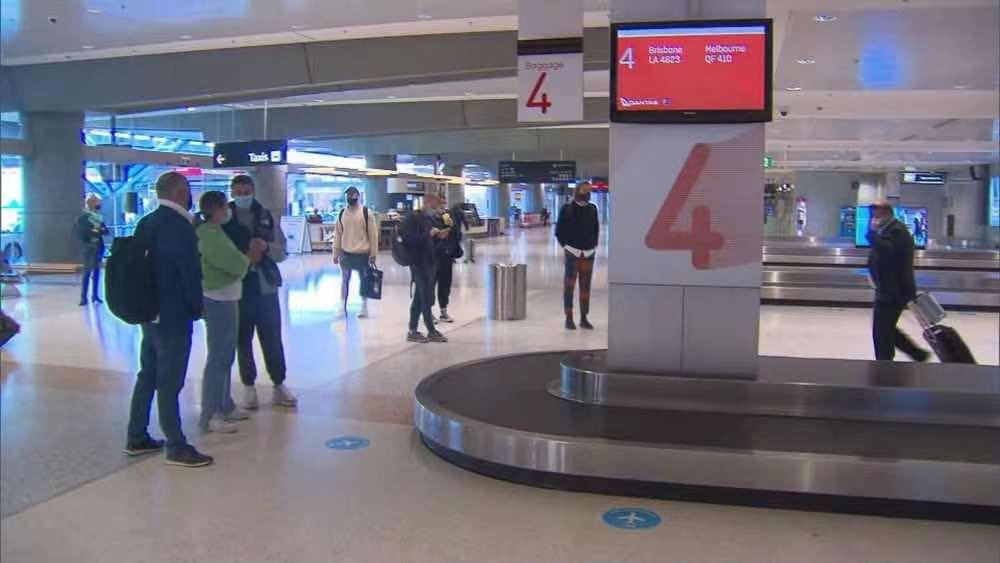 澳大利亚维多利亚州社区传播病例持续上升 部分航班暂停