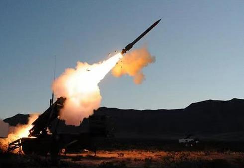 沙特为首多国联军击落三架携带爆炸物的无人机 并拦截两枚导弹