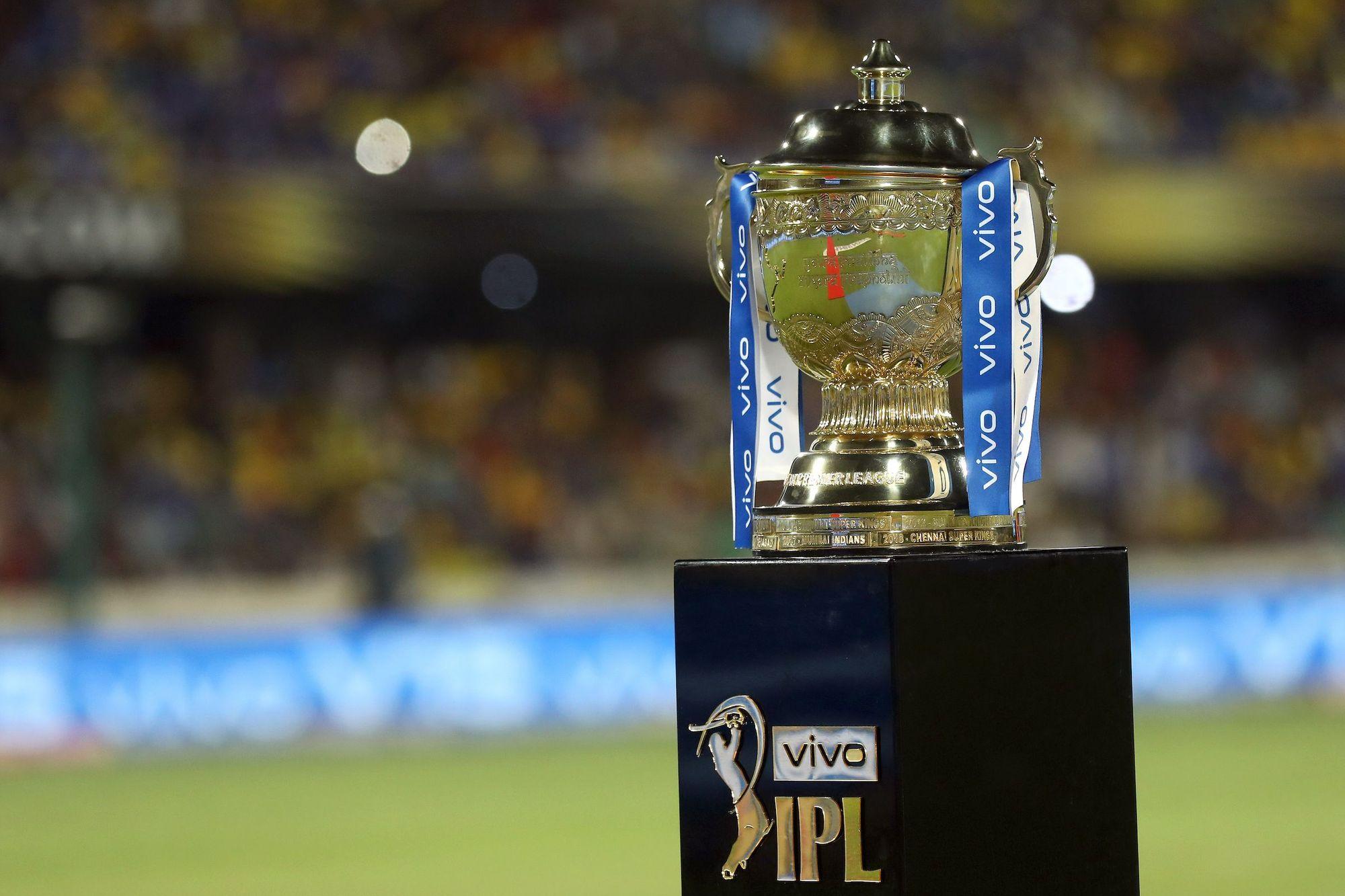 印度板球超级联赛部分球员和工作人员确诊新冠肺炎 比赛被无限期叫停
