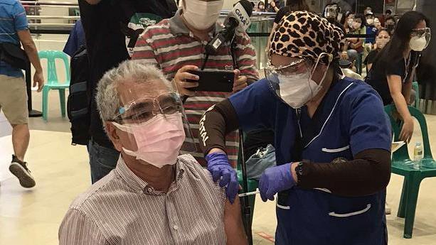 菲律宾新增变异新冠病毒感染病例678例 累计达2182例