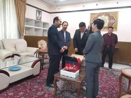 佳县红枣走进伊朗驻华大使馆